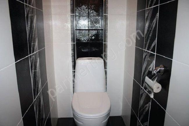 черно белая плитка в туалете фото